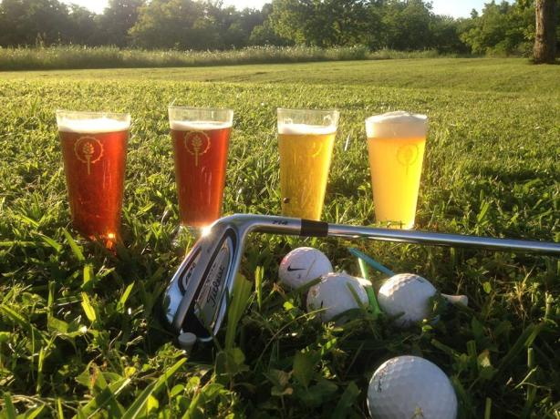 Golf, craft beer, and a deserving local charity. Everyone wins. (Photo courtesy of Drafts & Drives)