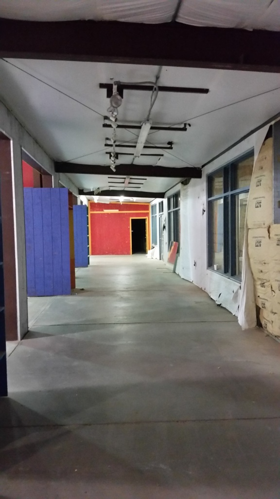 The packaging hall will run down here, but with higher ceilings and the outer wall pushed out to the right (east).
